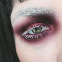 Trendy eye shadow green looks dark ideas Makeup Inspo, Makeup Art, Makeup Inspiration, Makeup Tips, Beauty Makeup, Makeup Stuff, Gothic Makeup, Dark Makeup, Dark Fantasy Makeup