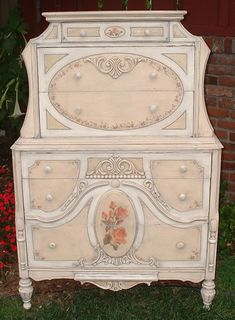 The official Paintique homepage: painted antique furniture by Jacqueline. Boys Bedroom Furniture, Apartment Furniture, Living Furniture, Home Furniture, Furniture Stores, Furniture Ideas, Urban Furniture, Furniture Design, Bedroom Decor