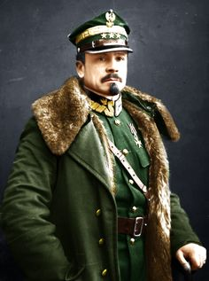 WWI; Polish Generał Józef Haller, in 1916 he fought with the 2nd Brigade of the Polish Legion against Russia. In 1918 he created what was known as the Blue Army (from the color of its French Uniforms, aka Haller's Army).