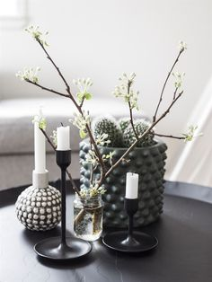 Zen Home Decor, Fun Decor, Decor, Interior Design, Decor Inspiration, Fashion Room, Floral Arrangements Diy, Home Decor, Decor Styles