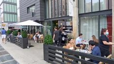 The Etiquette of Eating Outdoors During a Pandemic - Eater NY