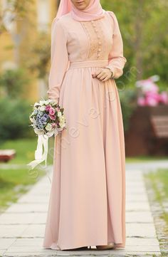 Dilbeste Dantel Elbise - Pudra Modern Hijab Fashion, Islamic Fashion, Abaya Fashion, Muslim Fashion, Modest Fashion, Fashion Dresses, Modest Dresses, Elegant Dresses, Pretty Dresses