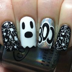 I am bringing before you 18 Halloween ghost nail art designs, ideas, trends & stickers of Draw the ghost faces in white or black colors on your nails and show the Halloween streak on Halloween Day—October Get Nails, Fancy Nails, Love Nails, How To Do Nails, Pretty Nails, Halloween Nail Designs, Halloween Nail Art, Halloween Images, Scary Halloween