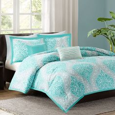 Intelligent Design Lilly Comforter Set (Blue) ($75) ❤ liked on Polyvore featuring home, bed & bath, bedding, comforters, blue, blue twin comforter, blue bedding, queen bedding, queen comforter set and twin comforter sets