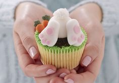 These Easter bunny cupcakes will be sure to put a smile on anyone's face this Easter with this eay to follow how to by Lucy Bruns.