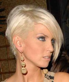 Latest Pixie Haircuts For Short Hair Styles 2018 Short Asymmetrical Haircut, Asymmetrical Hairstyles, Cute Hairstyles For Short Hair, Short Hair Cuts For Women, Hairstyles Haircuts, Short Hair Styles, Short Haircuts, Sarah Harding Hair, Sassy Hair