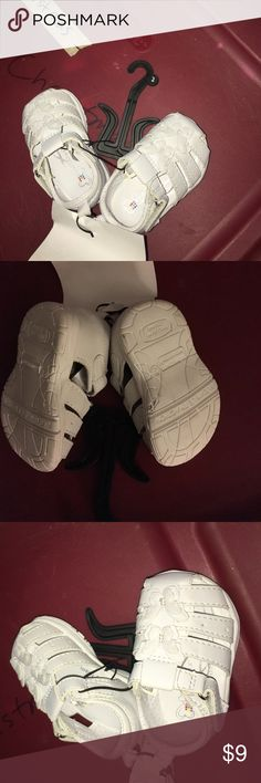 NWT Healthtex Girls White Butterfly Sandler size 2 New with tags Girls Healthtex white Butterfly infant Sandler are size 2. Sandler close with a Velcro strap and have 2 butterflies on top of shoes. Bottom of shoes say Flexible Traction and Pillow Zone. Inside soles say Memory Foam. Made in China of all man made materials. Tag was taken off at last children's clothing sale but they still have size hanger and are together with the elastic so I listed them as new with tags. Healthtex Shoes…