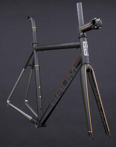 GTH, Avon Black, Black Metallic, Chrome Orange, Corretto || via Baum Cycles, via Flickr