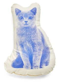 Cozy Kitty Pillow. Whether or not you have a furry friend of your own with whom to snuggle up, nestle against the poised feline screen printed in rich blue on this ivory throw pillow! #blue #modcloth