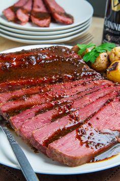 Slow Cooker Corned Beef, Crock Pot Slow Cooker, Crock Pot Cooking, Slow Cooker Recipes, Crockpot Recipes, Cooking Recipes, Cooking 101, Paleo Recipes, Homemade Corned Beef