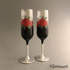 Gothic wedding glasses Black and by FLORINAART #Gothic #roses #steampunk #wedding #glasses #wineglasses #flutes #Dracula #Vampire