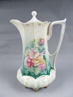 RS Prussia Mold 632 Chocolate Pot Pink Yellow Roses