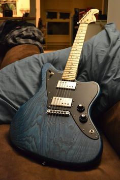 gearandstuff:  My buddy Eli just finished building the SICKEST Warmoth Jazzmaster  Never forget