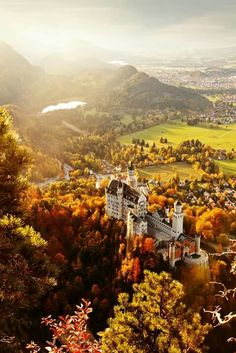 Neuschwanstein Castle in Autumn Oh The Places You'll Go, Places To Travel, Places To Visit, Beautiful Castles, Beautiful Places, Travel Around The World, Around The Worlds, Germany Castles, Neuschwanstein Castle
