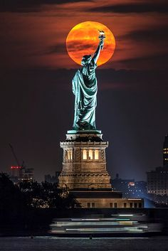 Statue of Liberty Full Moon Rising Photo by Peter Alessandria — National Geographic Your Shot Pray For America, I Love America, Shoot The Moon, Go To New York, New York City Travel, Empire State, Beautiful World, Statue Of Liberty, Places To Travel