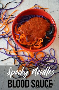 Spooky noodles with blood sauce. Colored orange, black and purple noodles topped with spaghetti blood sauce. Halloween Food For Party, Halloween Desserts, Halloween Treats, Easy Halloween, Colored Noodles, Czech Recipes, Ethnic Recipes, Fun Pasta, Halloween Coloring