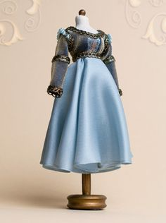 Mannequin, ballet dress, Juliet, light blue, silk, velvet