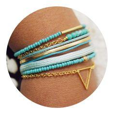 Bracelet bohème turquoise vert fermoir aimanté doré
