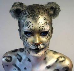 50 Mind-Blowing Body Painting Art works from World BodyPainting Festival - Kunst - body Art World Bodypainting Festival, Body Painting Festival, Leopard Face, Snow Leopard, Full Body Paint, Body Paint Art, Face Painting Designs, Painting Art, Halloween Karneval