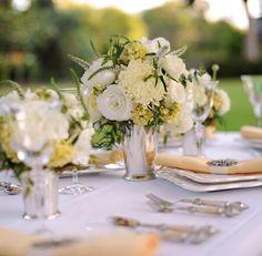 To see more gorgeous wedding flower ideas: http://www.modwedding.com/2014/11/03/swooning-fabulous-wedding-flower-ideas-heavenly-blooms/ #wedding #weddings #wedding_centerpiece photo: Gavin Wade Photographers