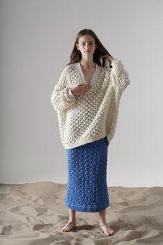 Vika Gazinskaya Frühjahr/Sommer 2020 Ready-to-Wear - Kollektion Knitwear Fashion, Crochet Fashion, Ellen Von Unwerth, Summer Knitting, Vogue Russia, Vogue India, Mode Inspiration, Knitting Designs, Fashion 2020
