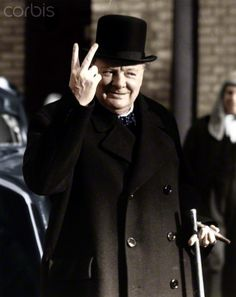 Winston Churchill making his famous V for Victory sign, 1942. Artist: Unknown British Prime Ministers, Victorious, Wwii, Churchill Quotes, Winston Churchill, Primer Ministro, Special People, Today In History, Quotes By Famous People