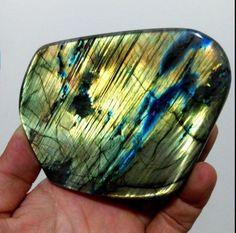 646g-Natural-Labradorite-Crystal-Rough-Polished-From-Madagascar-B1577