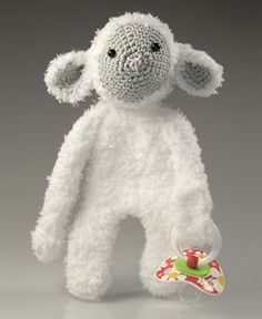 Haakpatroon speenknuffel schaap Sam #haakpatroon #hakenisleuk #crochet #crochetpattern #häkeln #haken