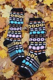 All sorts licorice -woolsocks, yammie! Knitting Humor, Knitting Wool, Knitting Socks, Knitted Hats, Fair Isle Knitting Patterns, Knitting Charts, Liquorice Allsorts, Marimekko Fabric, Wool Socks