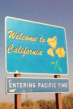 California sign on I-10.