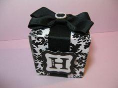 Black & White Damask Wedding Favor Boxes