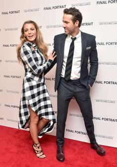 Blake Lively and Ryan Reynolds Blake And Ryan, Blake Lively Ryan Reynolds, Blake Lively Outfits, Blake Lively Style, Gossip Girl Fashion, Fashion Couple, Celebrity Outfits, Celebrity Couples, Jessica Rothe
