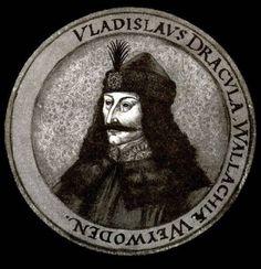 Vlad the Impaler   em 1442 vlad tentou permanecer neutro quando os turcos invadiram