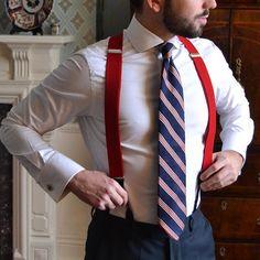 Suit and Tie Fixation - suitandtiefixation: Braces and tie combo. Suspenders Outfit, Braces Suspenders, Button Suspenders, Dapper Gentleman, Gentleman Style, Burberry Men, Gucci Men, Versace Men, Outfits Camisa Blanca