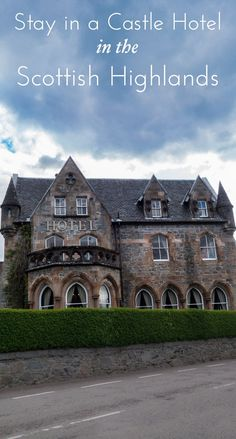 Traveling to Scotland? Visit the Highlands and instead of a chain hotel, stay in a castle hotel! Click through for a complete travel guide of where to eat, stay and what to see in Glencoe, Scotland! #scotlandtravel