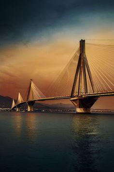 Rio Antirrio Brücke, Griechenland – jld web – Join in the world of pin Patras, Pont Paris, Love Bridge, Les Continents, Bridge Design, Covered Bridges, Greece Travel, Amazing Architecture, Bridges Architecture