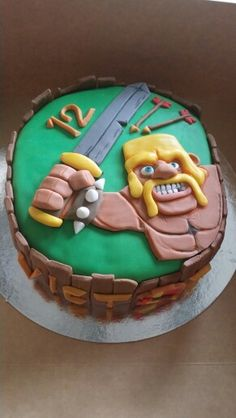 Clash of clanse Themed Birthday Cakes, Boy Birthday Parties, Bolo Clash Royale, Cake Makers, Clash Of Clans, Kids Meals, Cake Recipes, Cake Decorating, Birthdays