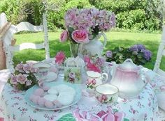 def dreaming of summer with the Vintage Tea Cup's party hire offers Belfast Vintage Tea, Vintage Party, Vintage China, Vintage Bridal, Chic Bridal Showers, Bride Shower, Baby Shower, Estilo Shabby Chic, Afternoon Tea Parties