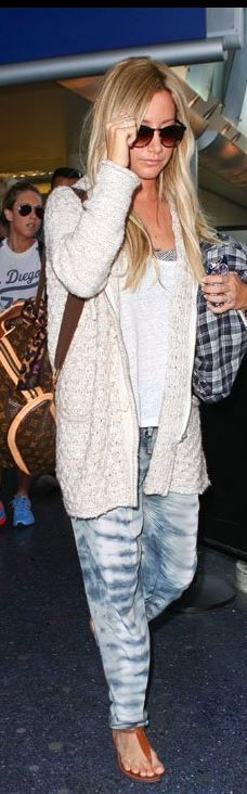 Ashley Tisdale: Purse – Louis Vuitton  Pants – Gypsy 05  Shoes – Sam Edelman  Sweater – Free People