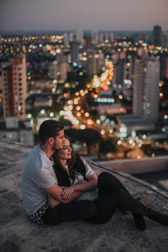 Couple Goals is the buzzword in the world today. Single or in a relationship these Couple Goals Pics of 2019 will help you set major relationship goals. Wedding Fotos, Pre Wedding Photoshoot, Relationship Goals Pictures, Cute Relationships, Couple Relationship, Couple Posing, Couple Shoot, Romantic Couples, Wedding Couples