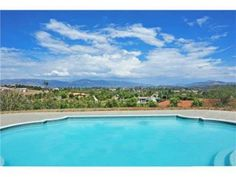 5 bedroom Home in Valley Center 92082