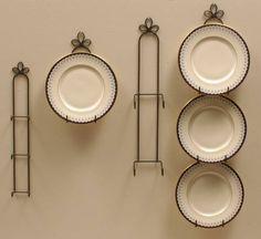 Plate Hangers - Curly Cue Vertical Holders
