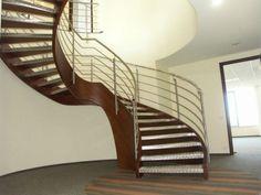 Drewniane schody Domański - ekskluzywne schody na zamówienie