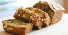 9 Gluten-Free Recipes for Patients with Gluten Intolerance and Celiac Patients - Bread Recipes Almond Banana Bread, Sugar Free Banana Bread, Healthy Banana Bread, Baked Banana, Banana Bread Recipes, Cake Recipes, Dessert Recipes, Banana Oats, Gluten Free Cakes