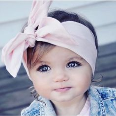 Unique Baby Names, cute girl names and cool boy names with name meanings. Popular baby names and name origin. So Cute Baby, Baby Kind, Cute Kids, Cute Babies, Precious Children, Beautiful Children, Beautiful Babies, Beautiful Eyes, Simply Beautiful