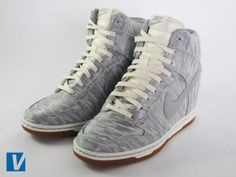 sale retailer 528e1 2fcaa How to Identify Authentic Nike Women s Dunk Sky Hi Sneakers