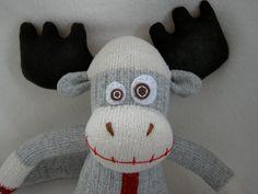 Make a Moose Munky - www.munkybuns.com