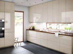 Ikea-Küche in Magnolia