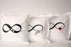 Poduszka infinity (znak nieskończoności)
