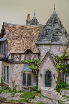 Dollhouse Miniatures : Toadwood Vale by Rik Pierce Share, Repin, Comment - Thanks!